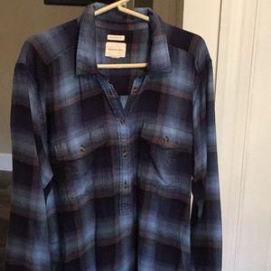 American Eagle long sleeve flannel